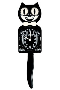 Feliz the Cat clock