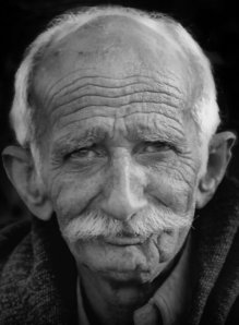 Old-man-black-white